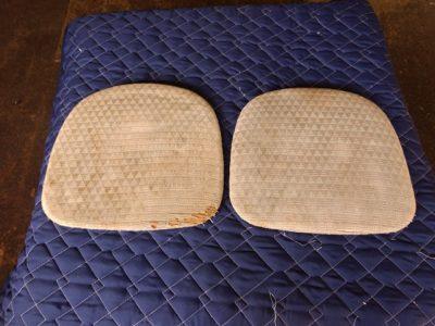 カリモク椅子座面張り替え 前